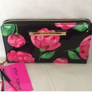 NWT Betsey Johnson Wallet💕🖤💕